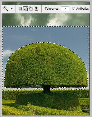 素材 合成/插入绿树的素材,使用魔术棒工具,选择蓝天和白云,周围的树...